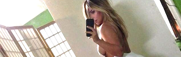 Kim Kardashian showed off in a perfect shape. Again