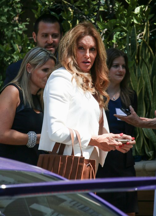 Caitlyn Jenner seems to have new womanly curves