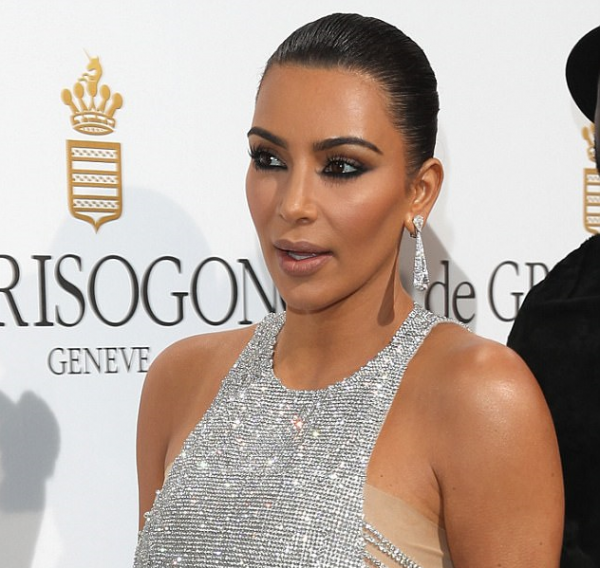 Kim Kardashian's gorgeous look on Cannes Fesival