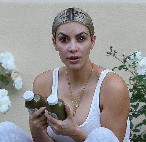 Kim Kardashian showed her real face